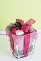 candle gift-basket